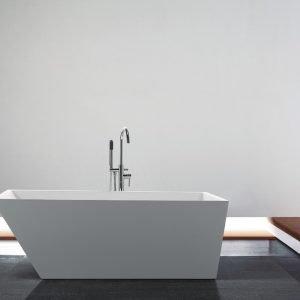 Kube Obliquo 59'' White Free Standing Bathtub