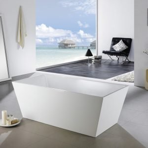 "Kube Squadra 67"" Free Standing Bathtub"