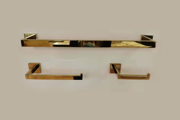 Bathroom Accessory Set - 3-Piece - Chromed Gold